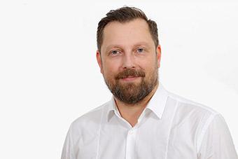 Dennis Butzek